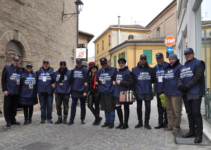FANO - Pesaro Urbino - Marche. La delegazione ARGOS Associazione Forze di Polizia (delegazione Roma, Milano, Ancona, Castelli Romani e Aquila) al Gemellaggio Una Grassa Domenica e Carnevale di Fano