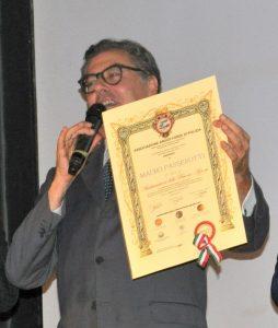 Avezzano: il Vice Prefetto Mauro Passerotti con il certificato di Ambasciatore delle Buone Azioni, decretato dall'Associazione ARGOS Forze di POLIZIA
