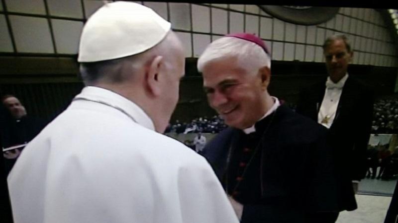 S.E.R. Mons. Giovanni D'ERCOLE con sua Santità Papa Francesco BERGOGLIO